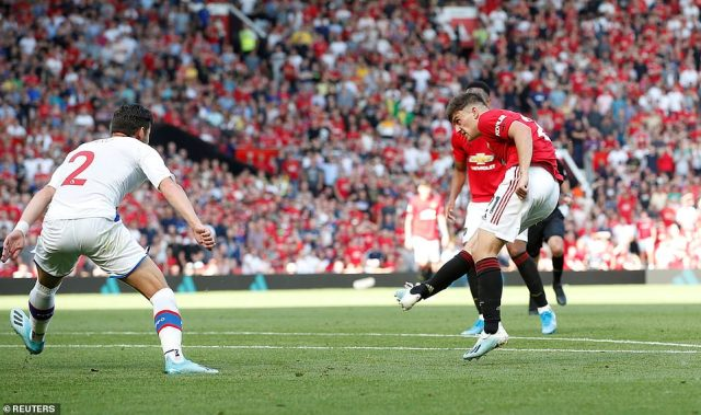 James scored but his and United's joy was shortlived as Van Aanholt's strike ensured that Palace took all three points