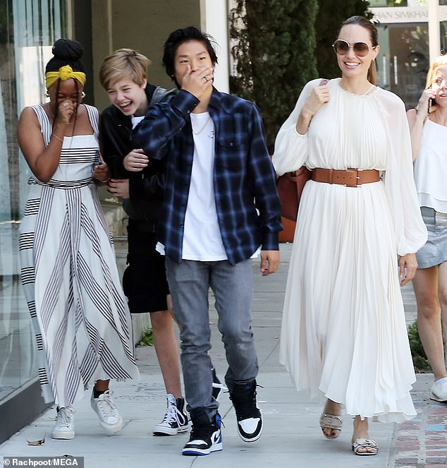 Lunch with mom: Angelina Joliecelebrated Labor Day with three of her kids, taking them out to lunch in West Hollywood