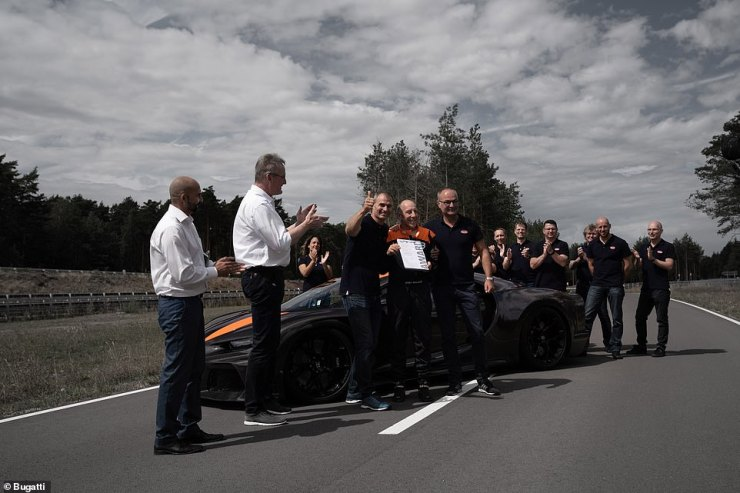 For a top speed record to be recognised by Guinness World Records it needs to be an average of the highest speeds set in both directions of the same track. Bugatti confirmed that the Chiron Super Sport 300+ was only driven in one direction