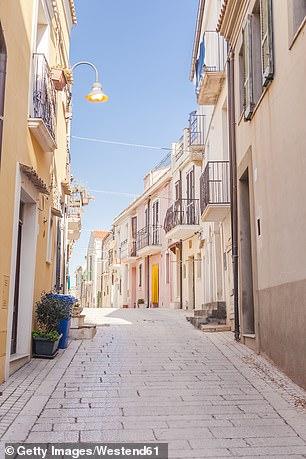 An empty street in Termoli