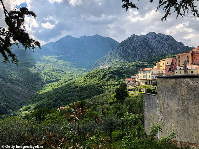 The glorious village ofScapoli, noted for its international bagpiping festival each year, had a population of just 758 in 2011. After the Great War, the village had a population of more than 1,400