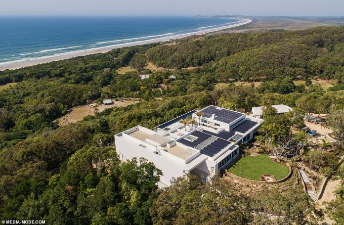 Activists: After recently joining in Byron Bay's School Strike 4 Climate protest, it is clear the Hemsworths are trying to make their community cleaner and more sustainable
