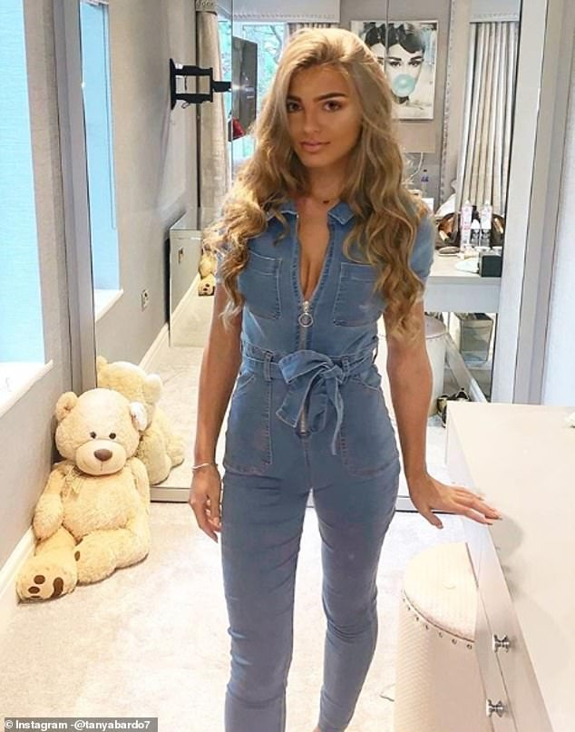 Gabriella is the daughter of Tanya Bardsley and is currently a student, living with mum Tanya and her husbandPhil Bardsley and three half brothers Rocco, Renz and Ralphi