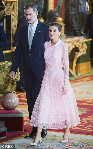 Queen Letizia stunned in a blush outfit which she paired with nude stiletto heels