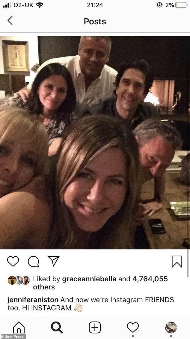 It's official: Jennifer took the plunge and joined Instagram with a photo of her and her Friends co-stars thus being the fastest person in the world to gain a million followers