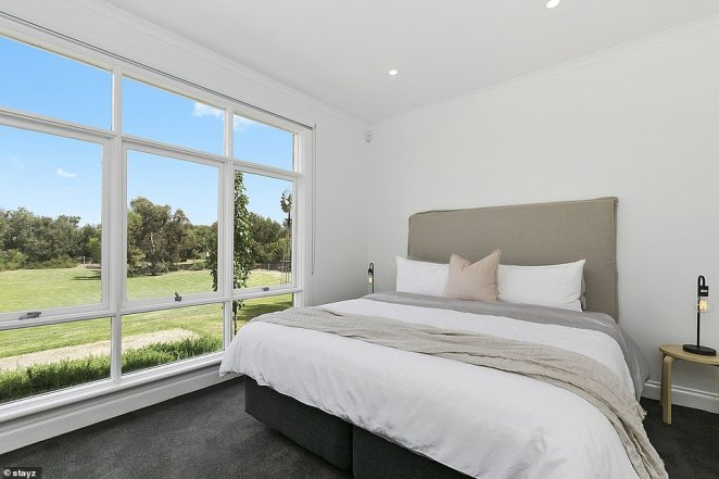 The family-friendly house is close to 10 golf courses and 50 cellar doors and has seven bedrooms each with plush mattresses and luxurious bedding