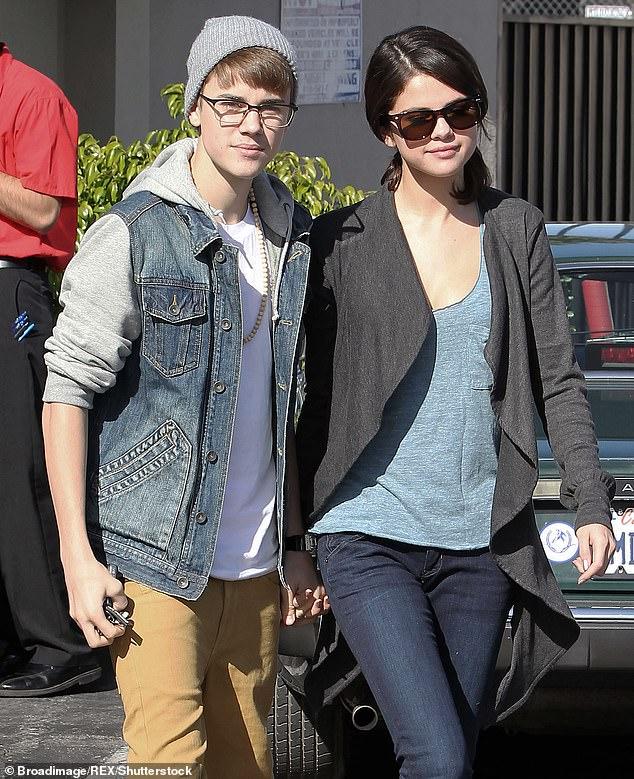 Chemin du retour quand: Justin et Selena étaient en congé depuis des années (photo de 2011)
