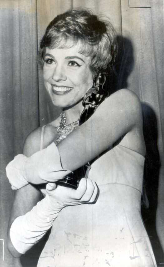 Julie Andrews, 84, admits she HID her 1965 Oscar amid ...