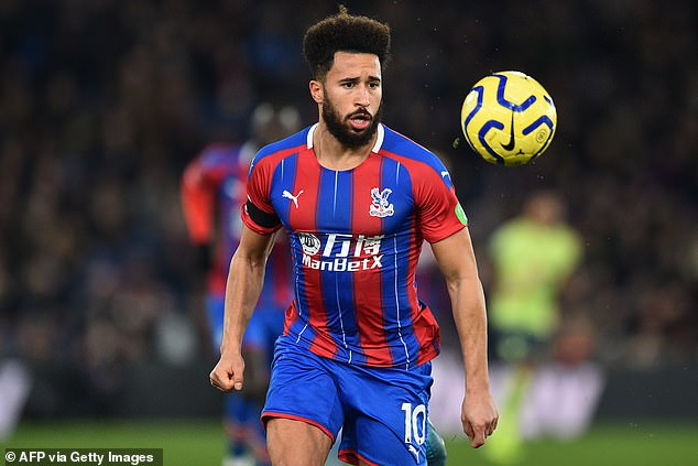 Crystal Palace enjoyed plenty of possession in the first-half despite being reduced to 10 men
