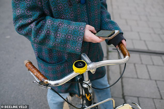 The Beeline Velo is a Bluetooth-connected navigation device for both urban cyclists and the more adventurous biker