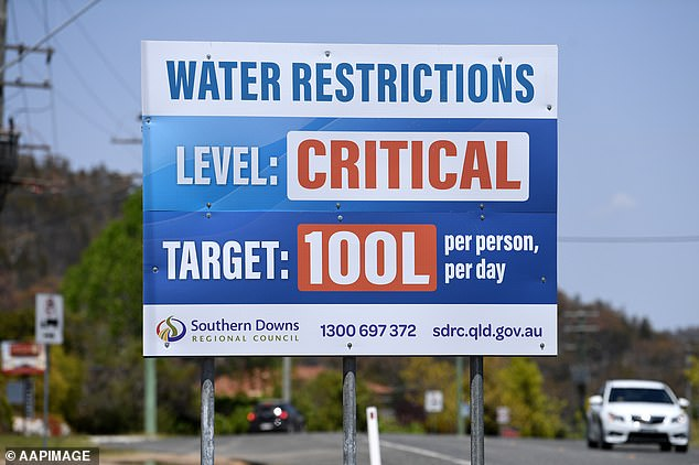 Despite the new importation of water, a water restriction of 80 liters per person per day will be maintained for Stanthorpe residents (an earlier and more forgiving restriction of 100 liters in the city in October)