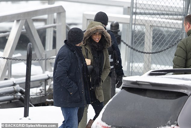 Meghan was seen today in Vancouver for the first time since 'Megxit', she seemed relaxed and happy as she walked toward the plane that had other paying customers on board