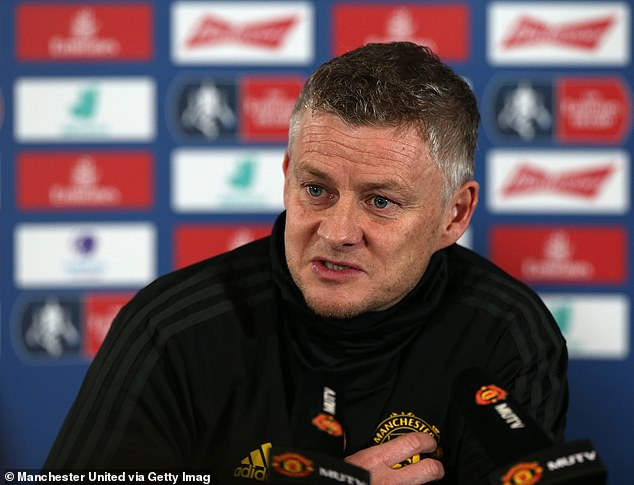 Ole Gunnar Solskjaer wants a midfielder after losing Paul Pogba and Scott McTominay due to injury