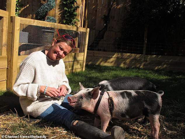 Dawn quickly fell in love with the pigs, and decided shortly after they arrived she wouldn't eat pork again