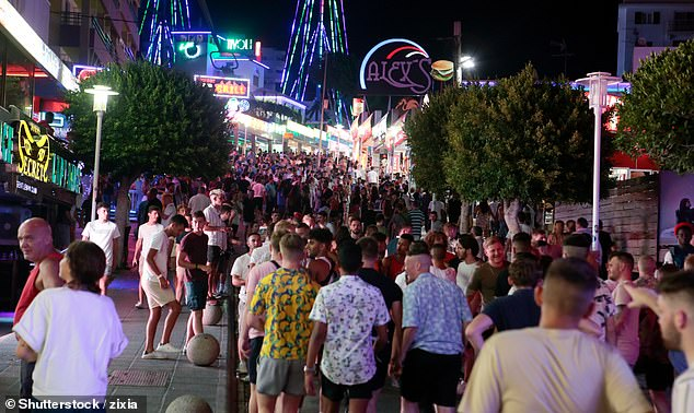 Special measure will also ban the sale of alcohol between 9.30pm and 8am, adverts promoting drinking and 2x1 drink offers in affected areas. (Magaluf strip in 2018)