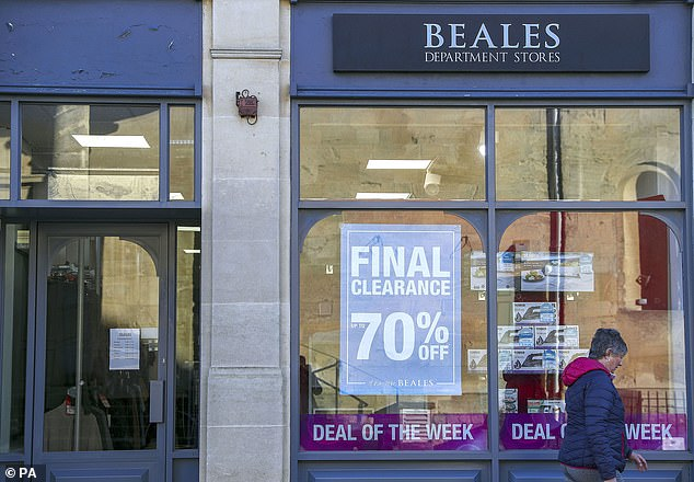 The Beales department store goes into administration by closing 22 stores and 1,000 jobs at risk