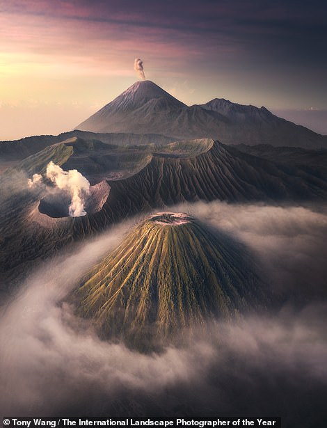 Chinese photographer Tony Wang captured this dramatic image inBromo Volcano National Park, Indonesia