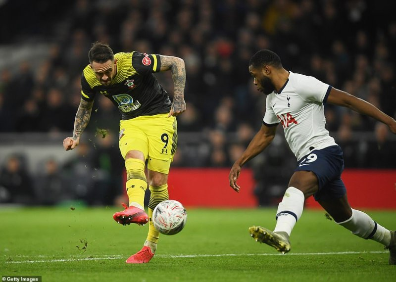 Danny Ings sent Southampton into the lead for the first time in the match when he struck an effort from inside the Spurs box