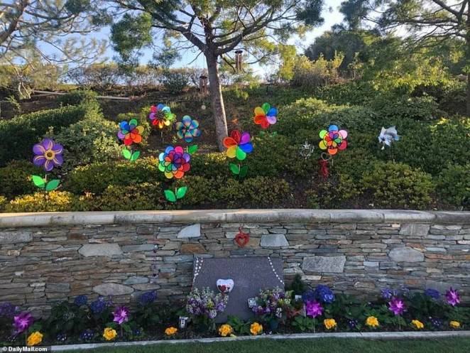 The father and daughter's funeral service was held quietly last Friday at Pacific View Memorial Park in Corona del Mar, California with no photographers present, following their tragic helicopter deaths on January 26