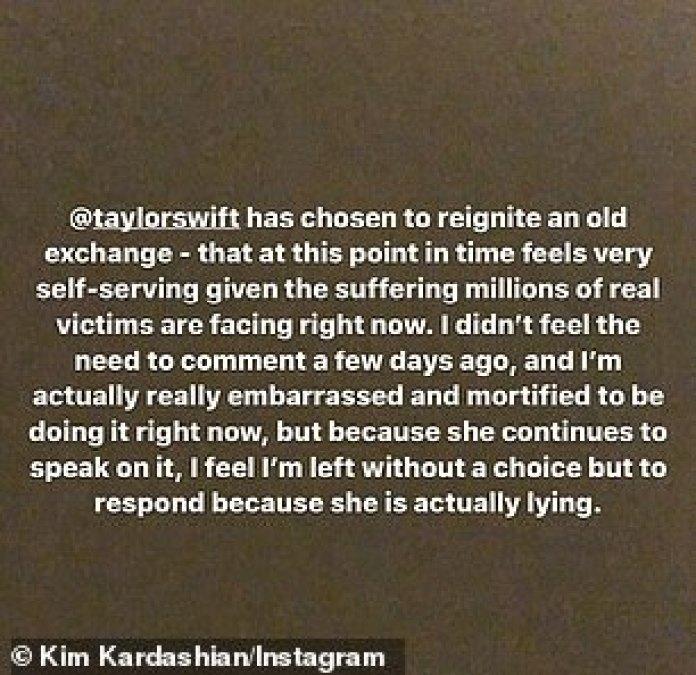 Momento: Kardashian, en una serie de mensajes en Instagram Stories, también criticó a Swift por su forma de repetir la disputa mientras el país permanece bloqueado en medio de la pandemia de coronavirus