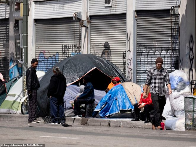 In Los Angeles, which is home to 60,000 homeless people, Mayor Eric Garcetti has announced plans to spend $20 million on 1,600 extra shelter beds, with a further 6,000 to be delivered by the American Red Cross