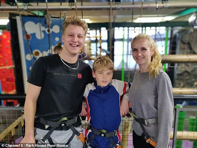Larissa, pictured with brother Connor and son Kobie, says she finds it hard to afford to cook for her kids, and feels like a failure