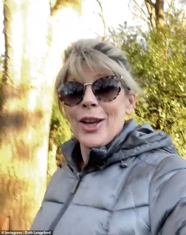 Ruth Langsford continues to communicate with her mother through a window amid coronavirus lockdown