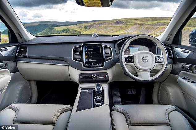 A Volvo também planeja instalar câmeras e sensores em seus carros para reduzir o número de acidentes causados por motoristas intoxicados, distraídos ou adormecidos ao volante