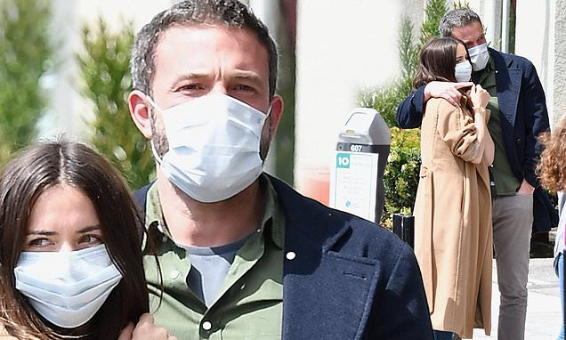 Ben Affleck and girlfriend Ana de Armas wear their face masks