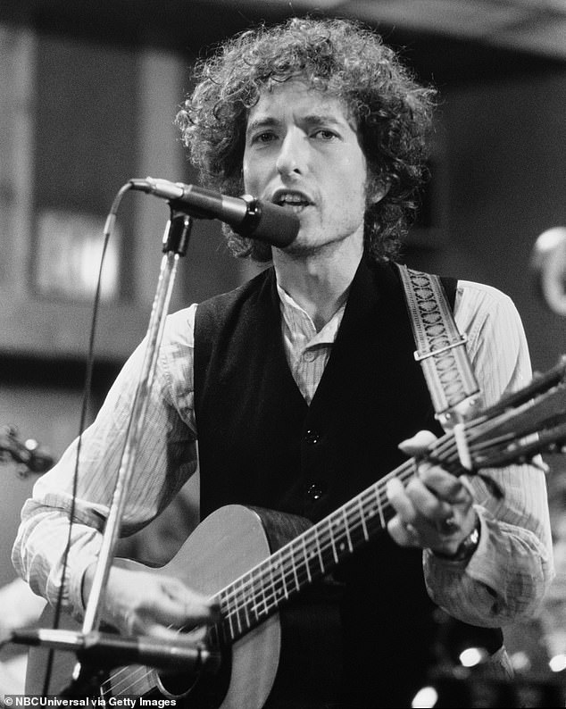 Bob Dylan (photo) seen here in 1975. His 60s classic The Times They Are A-Changin goes on sale with a $ 2.2 million label