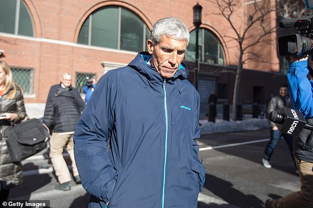 Salcedo received another $ 100,000 bribe from program center admissions consultant Rick Singer in the photo. Singer also charged in college admissions scam