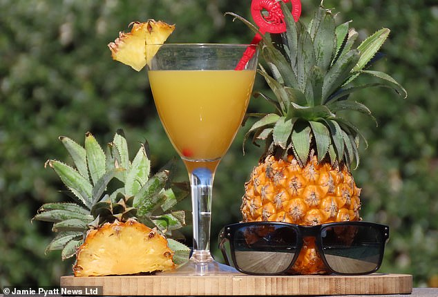 Atraditional recipe for pineapple beer has spread rapidly online in South Africa - prompting a surge in demand amid an alcohol ban during lockdown