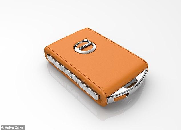 A 'chave de atendimento': todos os novos Volvos vendidos a partir de hoje virão com este dispositivo, que restringe a velocidade máxima de um carro - definida pelo proprietário - quando o comando está em uso. O goleiro pode definir o limitador de velocidade para algo entre 31 e 112 mph, confirmou a montadora