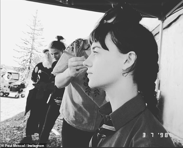 Behind the scenes: in a shot, the actress can be seen seated in a makeup chair as she prepares to film a scene from the critically acclaimed series