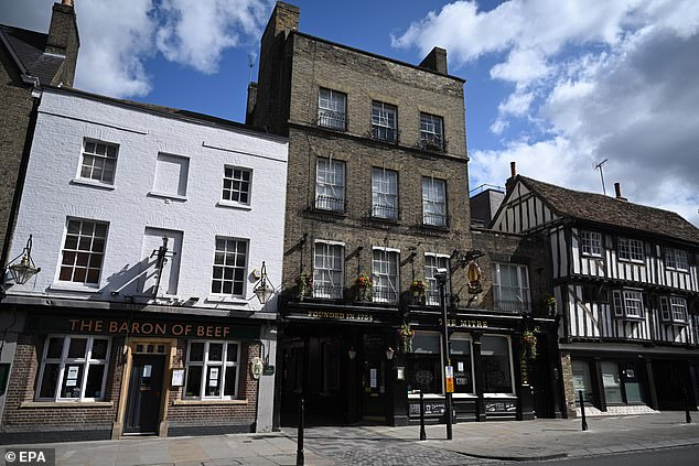Pubs closed in Cambridge as UK foreclosure and social distancing measures continue