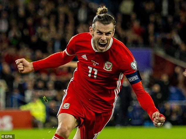Le doublé de Gareth Bale contre l'Italie à Rome envoie le Pays de Galles en huitièmes de finale