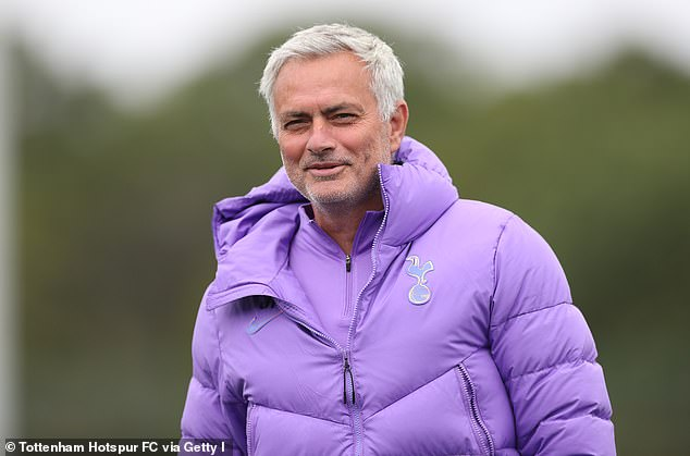 Jose Mourinho¿s side limped into the enforced disappearance of break with a series of six matches without a win