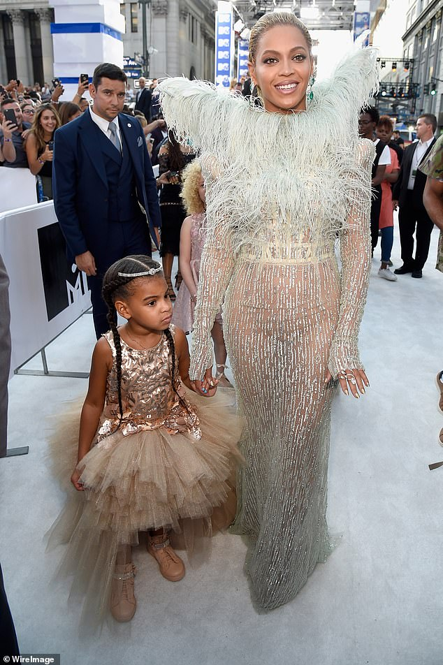 Aww! Beyonce attended the 2016 MTV VMA Awards with her dressed-up daughter