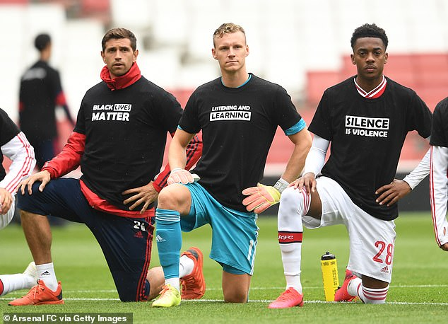 Before a friendly match last week, the players of Arsenal were wearing t-shirts and took a knee for the movement