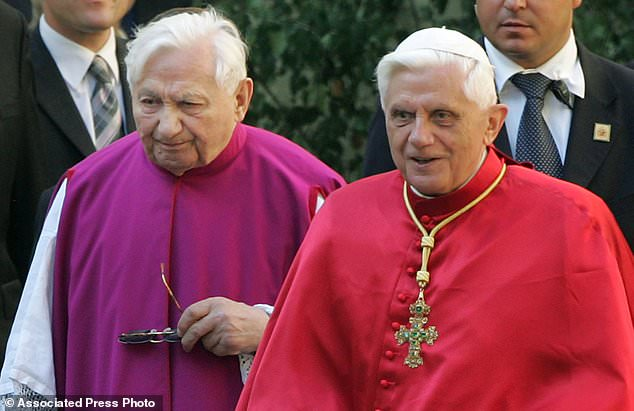 Pope Benedict XVI (right) and his brother Georg Ratzinger (left) on the picture of Regensburg, southern Germany in 2006