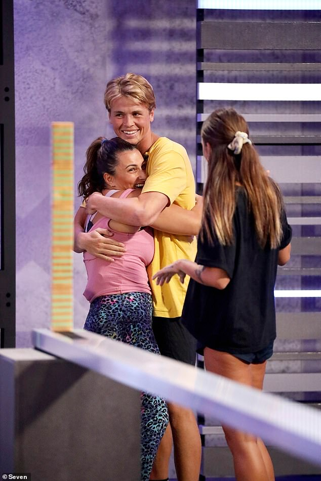 And the rest:Luckily the rest of the episode was the same old staged eviction strategy rubbish. Zoe won her second nomination challenge in a row - a total fluke, there is no skill involved