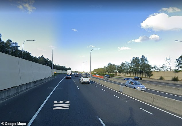 The M5 East motorway that runs between Beverly Hills and Mascot will begin to charge motorists a fee of up to $6.95 one-way within a few weeks time