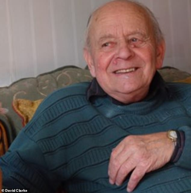 Decorated Second World War veteran Edward Stainer died at his home in Basingstoke after he fell and accidentally lowered the footrest of his electric armchair onto his head