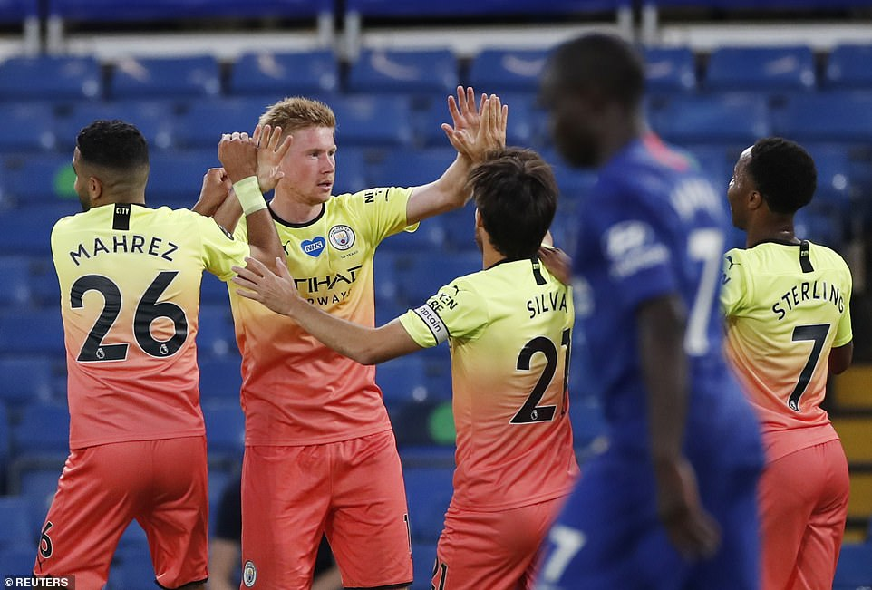 But Belgian midfielder De Bruyne levelled the scores at a goal apiece after the break with a sensational free-kick