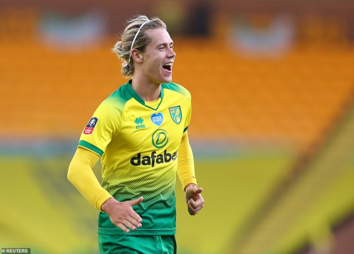Cantwell was the Canaries' main danger man while Norwich sometimes looked on the bright side, which worried United.