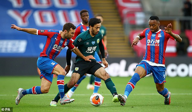 Dwight McNeil impressed by multiple driving routes from a # 10 role at Selhurst Park