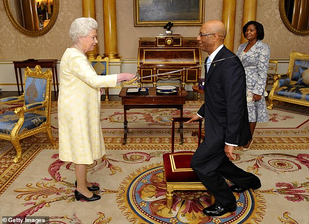 Governor General of Jamaica Sir Patrick Allen received the award in 2009, meaning his honour would feature the old design
