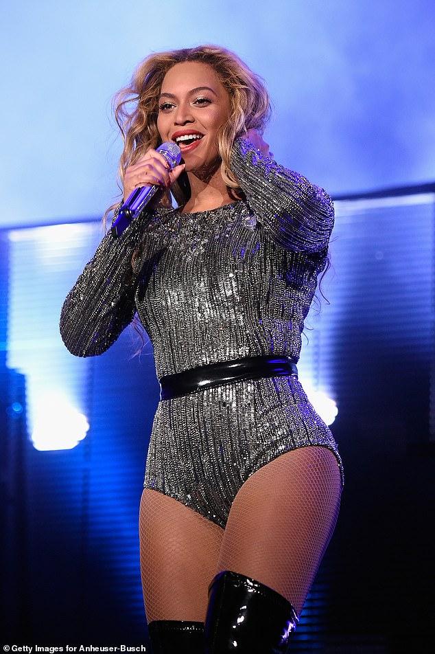 Lever le toit: l'épouse du fondateur Beyoncé a même dirigé l'événement en septembre 2015 (photo)