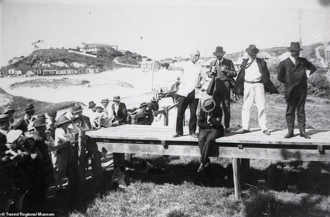 A meeting held on the footbridge across the border of indignant townspeople from both sides of the border of Tweed Heads and Coolangatta. It was about the closure of the border during the flu epidemic of 1919