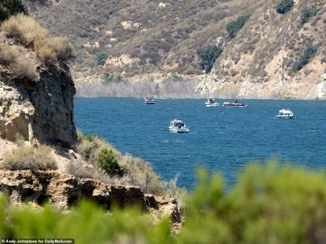 The search for missing Glee actress Naya Rivera has expanded to cabins surrounding the California lake where she disappeared. Several boats combed the lake north of Los Angeles for the remains of the actress and mother on Saturday above